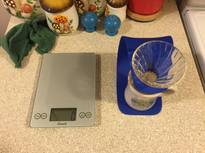 handground pour over stand with scale