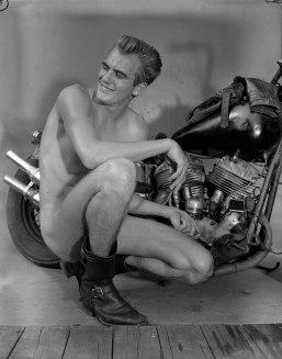 L'homme et sa moto