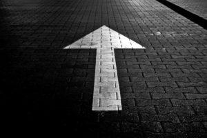 road arrow forward