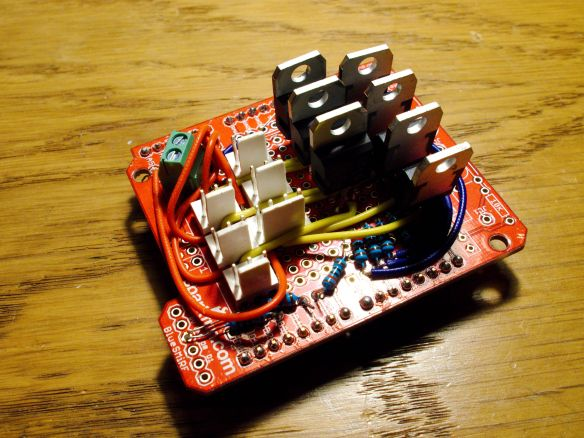 Arduino shield to control 7 strands of SMA and read 6 sensors.