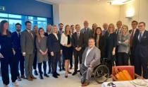 Lagfoto med svenska EPP-gruppen (som består av KD och M) i Strasbourg.
