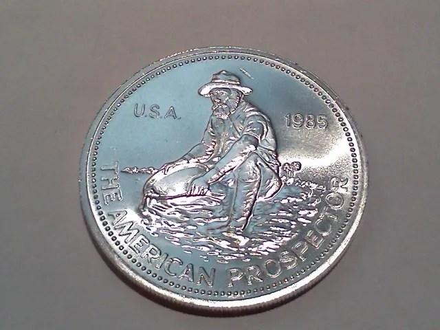 Eagle on Reverse Rare 1 Troy Oz .999 Silver Engelhard  Prospector Round 1985