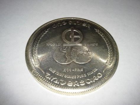 1 OZ .999 Fine Silver 1972 Universaro Round