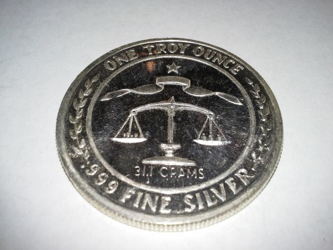 1 OZ .999 Fine Silver Parliament Shield Round - 1983