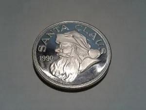 1 OZ .999 Fine Silver Santa Claus Christmas Round – 1990