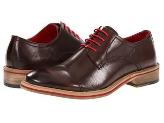 Los 5 tipos de zapatos indispensables en el guardarropa de un hombre 11