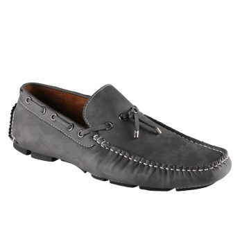 Los 5 tipos de zapatos indispensables en el guardarropa de un hombre 8