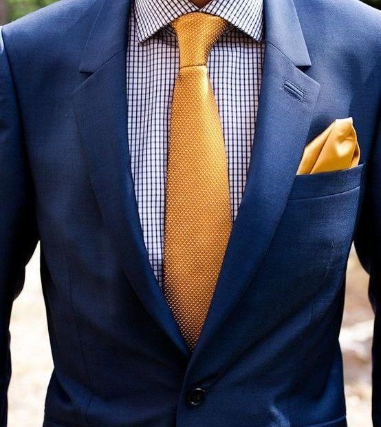 Recomendaciones de trajes azul marino en época de calor 2