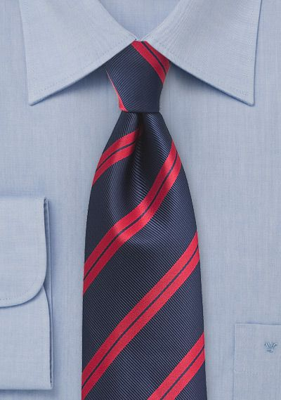 Camisa azul cielo corbata rayas