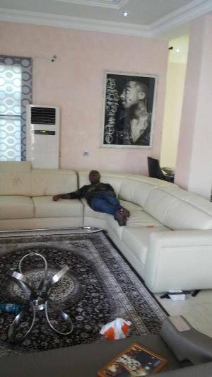 Davido chilling Inside house