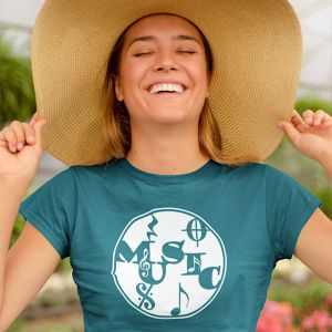 Woman in a straw hat and music-themed t-shirt