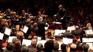 Ser jefe de filas en una orquesta: descripción e historia