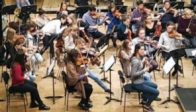 estudiante de musica siglo XXI