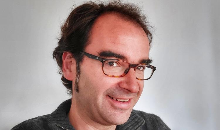 David Peralta Alegre celebra tu cumpleaños escribiendo en tu blog