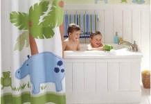 little-boy-bathroom