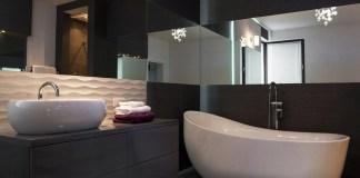 black-white-elegant-bathroom-color