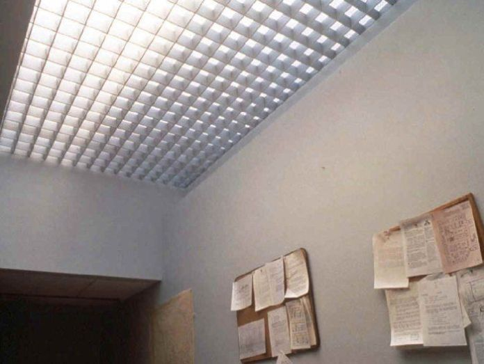Glass Brick As Skylight Roof