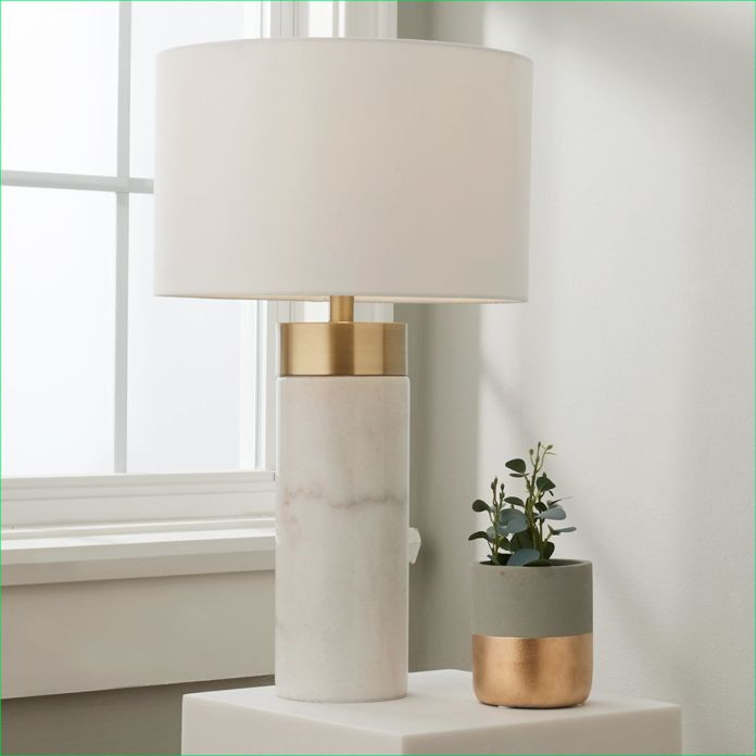 Create an Elegant Atmosphere with a Lampshade