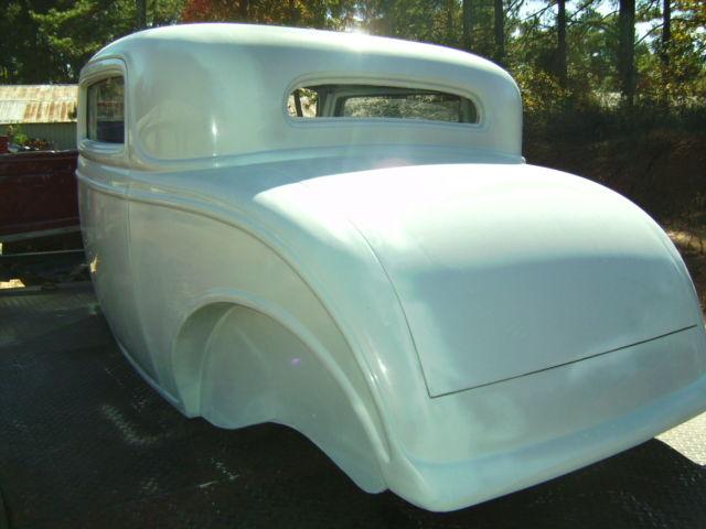 1932 Ford Three Window Body