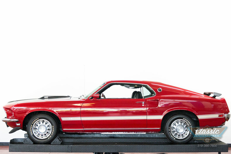 1 2 Fastback 1969 Red Mustang 2 2