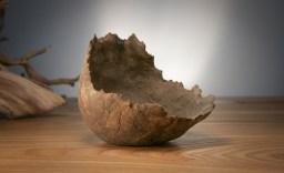 Una kurama, también de sus primeras obras. 140x135x125mm.