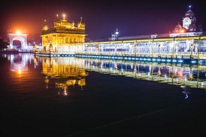Harmandir Sahib. Amritsar, 2013.