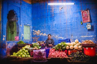No branding, no labellings, no marketing, no Wall St, just raw vegetables and a blue wall. Jodhpur, India, 2014.
