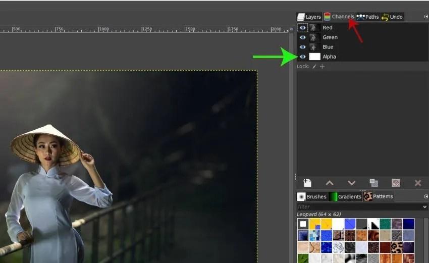 Pārbaudiet kanālus, kas paredzēti Alfa kanālam GIMP