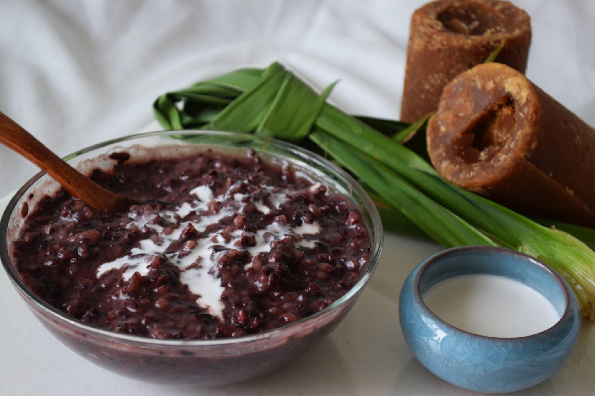 Black Sticky Rice Pudding (Pulut Hitam)