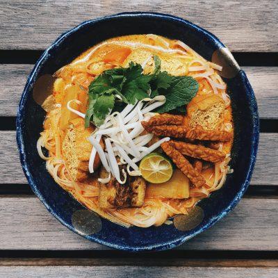 Vegan Curry Mee