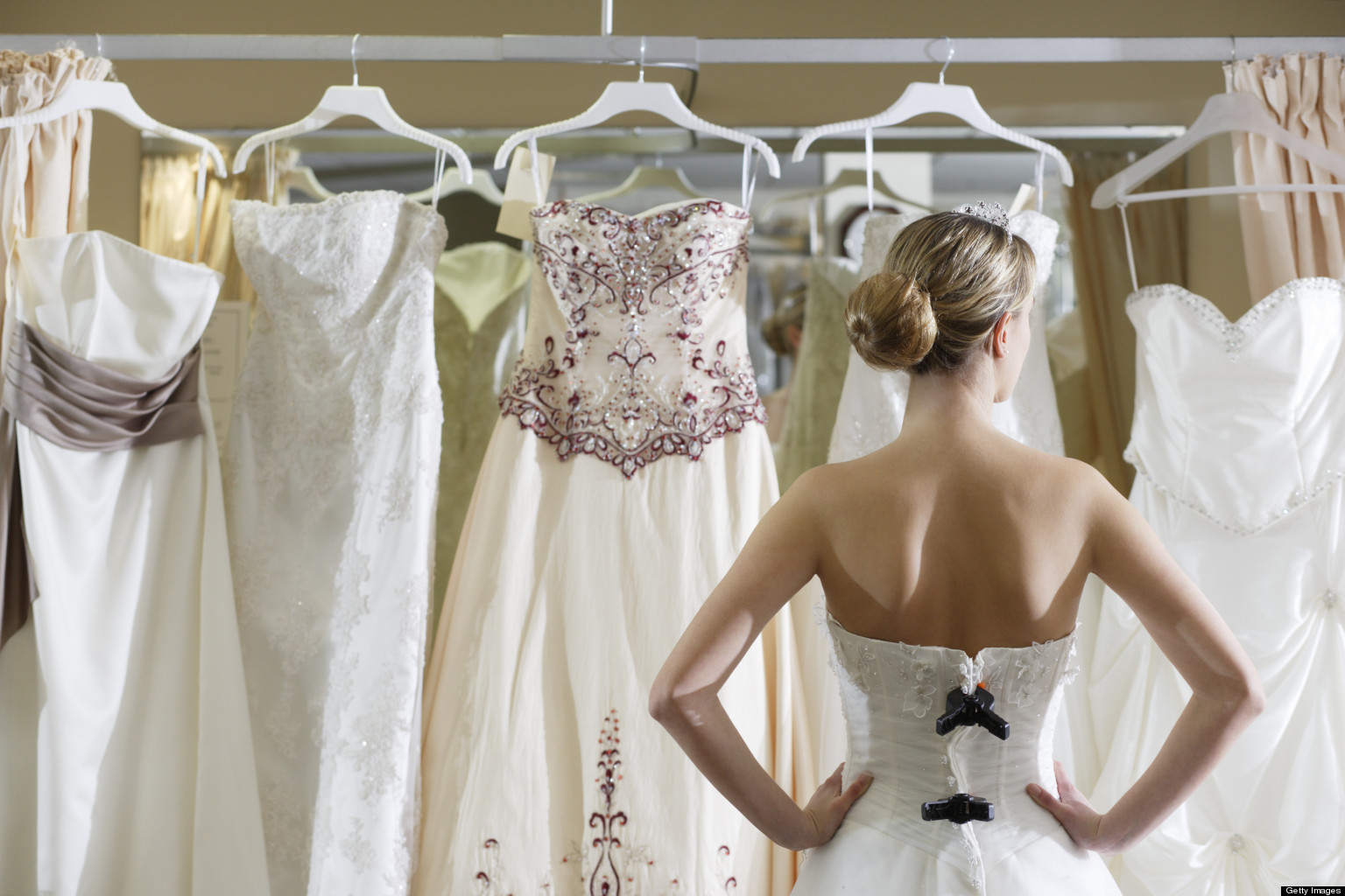 The Ultimate Need-to-Know Guide to Wedding Dress Shopping | DaVinci ...
