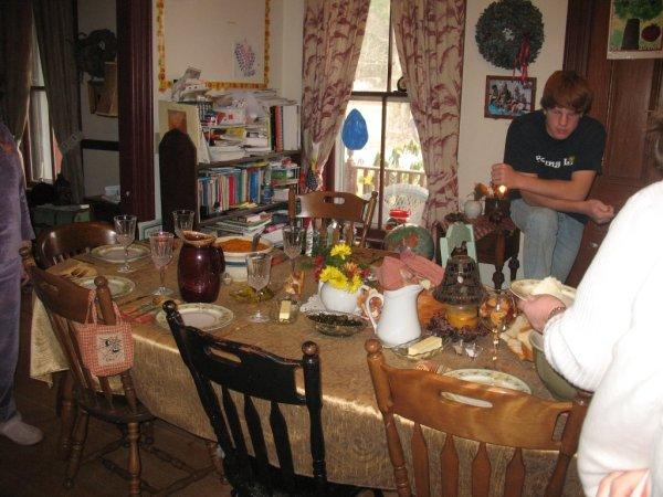 elijah-thanksgiving-2010