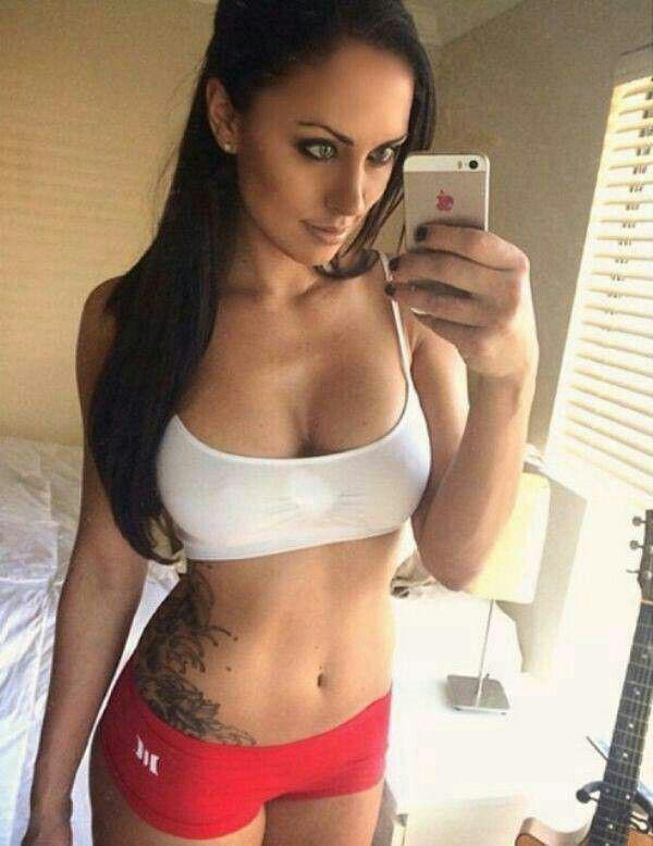 get-back-in-the-game-with-some-sexy-girls-in-sports-bras-31-photos-29