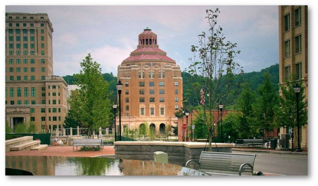 ASHEVILLE N.C. REPARATIONS- APOLOGIZES FOR SLAVERY