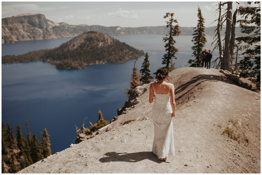 Crater Lake National Park Elopement // Dawn Photo Elopement Photographer // @dawn_photo