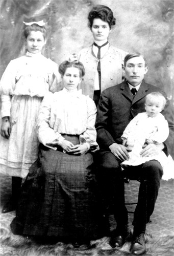 mary agnes Cunningham3 parents siblings