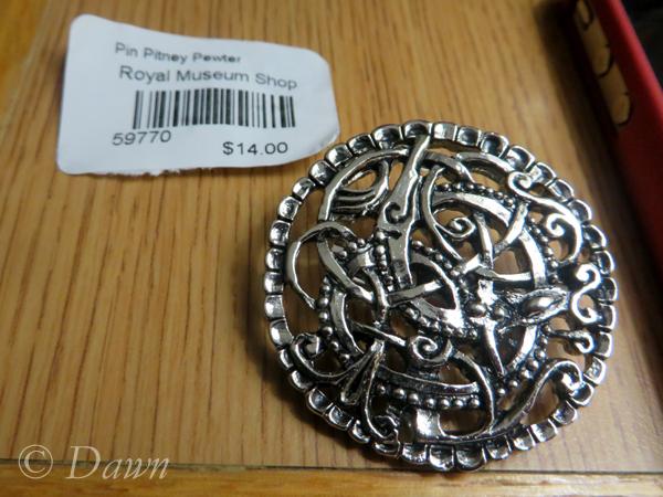 Round pewter pin