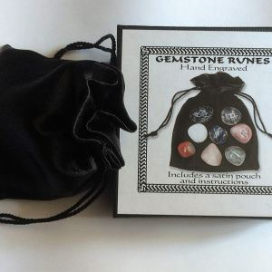 Boxed Crystal Rune/Oracle Stone Set /Comes With Pouch & Instructions