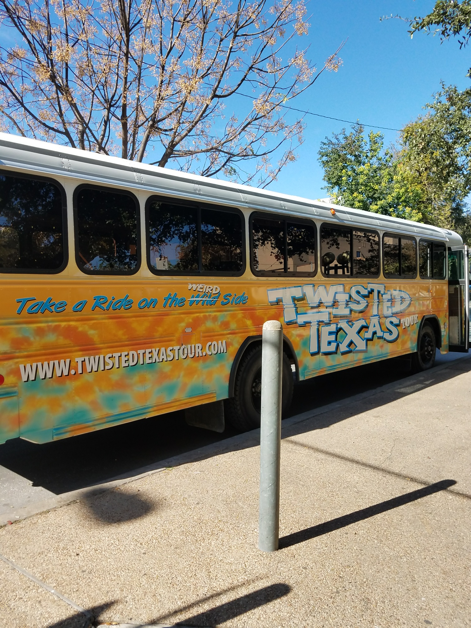 "Get on the live music ""Brunch Bus"" by Texas Twisted Tour"