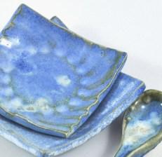 DeeDeeDeesigns Blue dishes & spoon_003