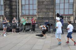 Spontane Klänge auf Dresdens Straßen gehören künftig angemeldet. Foto: Una Giesecke
