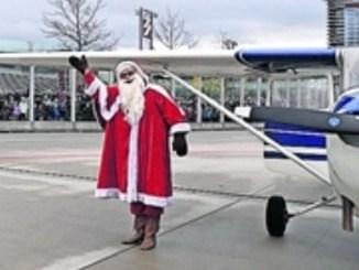 Am 24. Dezember können Kinder am Flughafen Dresden die Ankunft des Weißbarts miterleben. Foto: PR