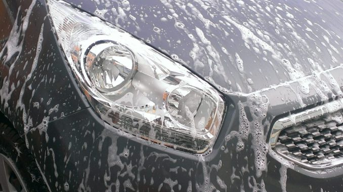 Beim AutopflegeWerk kommt das Fahrzeug wie neu zurück. Foto: PR