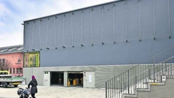 Mit der nagelneuen Turnhalle punktet das Gymnasium Dreikönigschule an der Louisenstraße. Foto: Christian Juppe