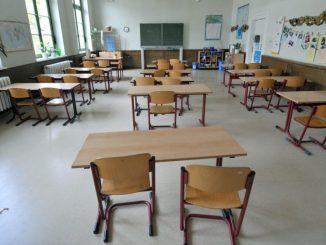 Lehrermangel in Sachsen: Kollegen verzichten auf Vorruhestand. Foto: Peter Endig/Archiv