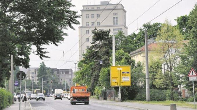 Im Simmel-Hochhaus werden bald Parkgebühren erhoben. Foto: Una Giesecke