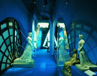 "Hofburg Wien, Sisi Museum, Mythos ""Sisi"" © Schloß Schönbrunn Kultur- und Betriebsges.m.b.H., Foto Edgar Knaack"