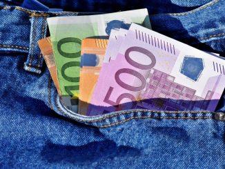 Wie viel Taschengeld ist angebracht? Ein Berater gibt Antworten. Foto: Pixabay