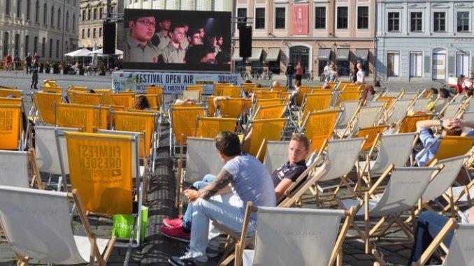 Open-Air-Kino auf dem Neumarkt (Foto: Una Giesecke)