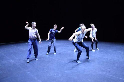 Die Dresden Frankfurt Dance Company wird in der neuen Spielzeit in vier Aufführungsblöcken ihre neuesten Arbeiten zeigen